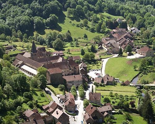 Location de gîte Lac Saint Point vacances dans le haut Doubs : à découvrir dans la région Baume les Messieurs