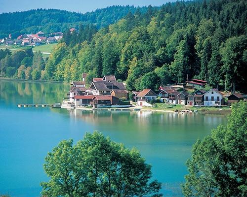 Location de gîte Lac Saint Point dans le Haut Doubs